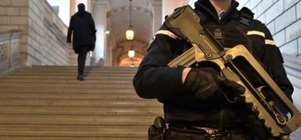 Le parquet national antiterroriste : le gouvernement s'accorde un temps de réflexion